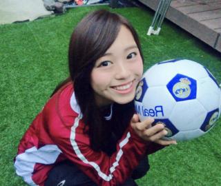 ミス立命館No.6梅村遥奈のサッカー画像
