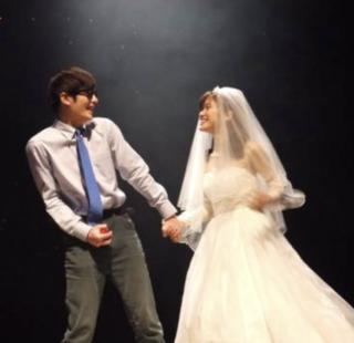 舞台「小さな結婚式」